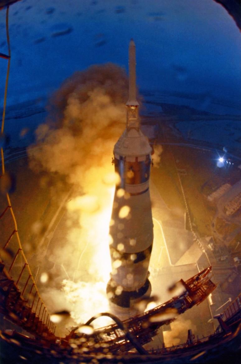 apollo 12 rocket - photo #24