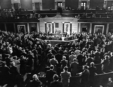 Apollo 15 crew addresses US Congress