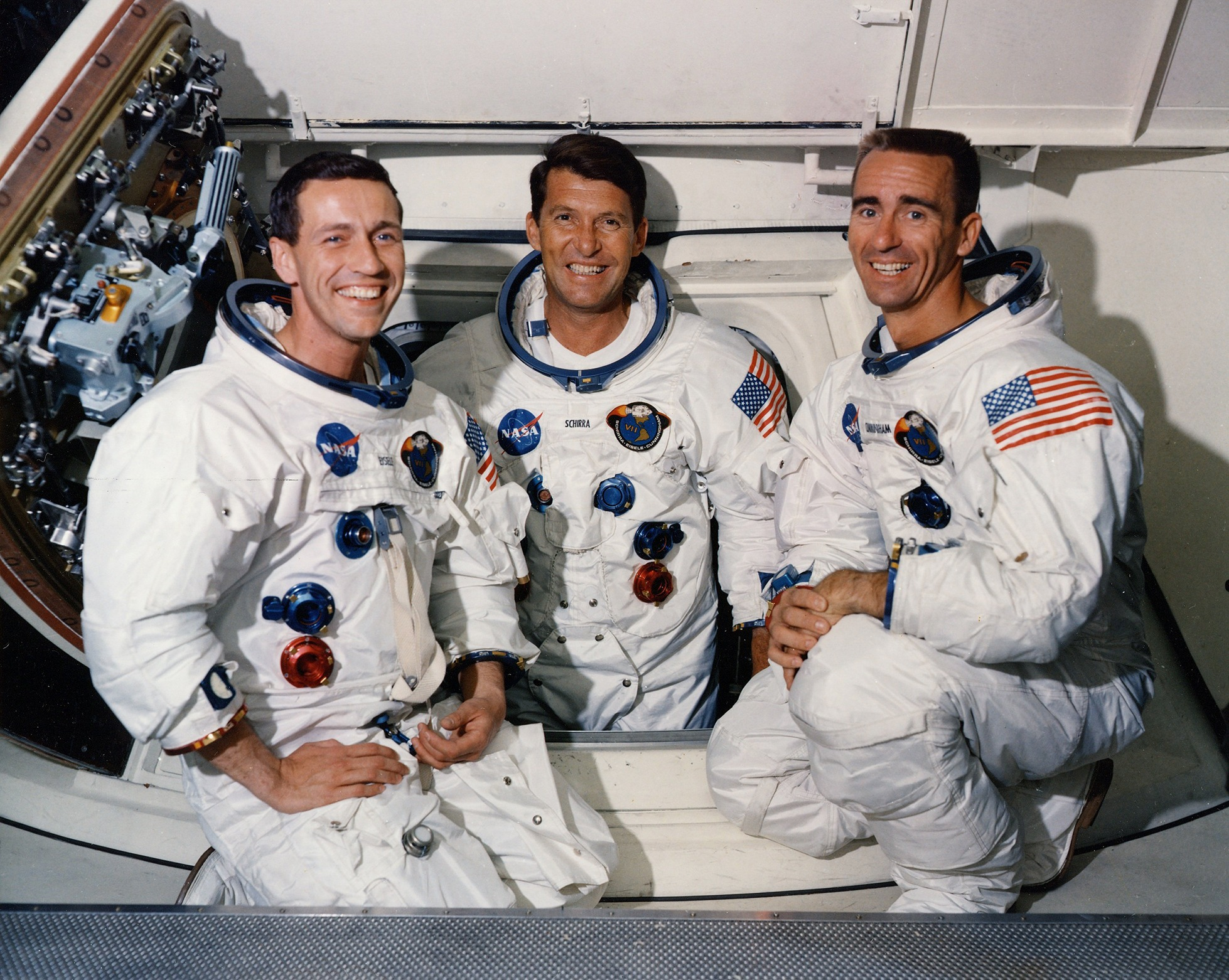 apollo essay by hamish lindsay apollo 7 crew