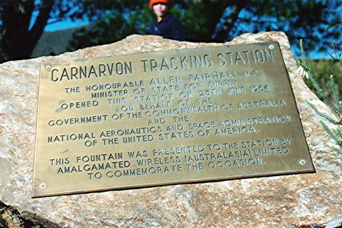 Carnarvon plaque at Tidbinbilla