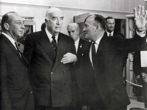 PM Menzies with Bob Leslie